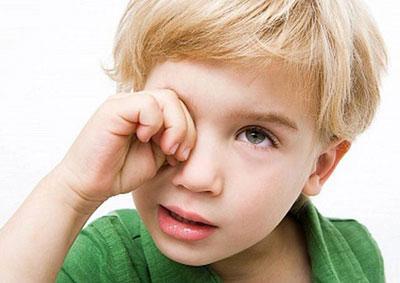 Как лечить ячмень на глазу у ребёнка в домашних условиях