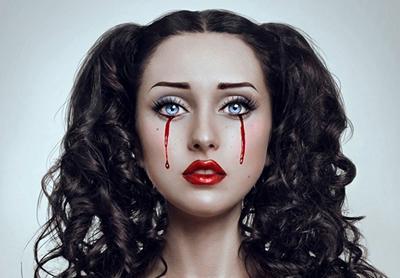Кровь из глаз: причины, лечение, что делать