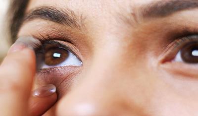 Как надеть контактные линзы первый раз? Инструкция.