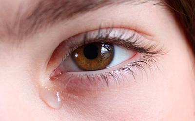 Заболевание слезной железы