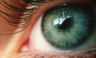 Болит глаз при надавливании на веко